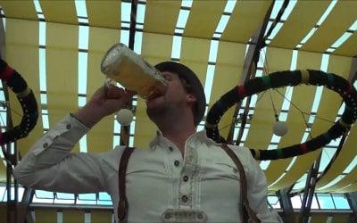 Man drinks Stein in 5 seconds at Oktoberfest
