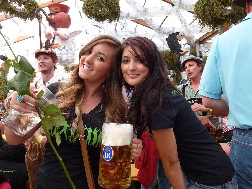 Safe Oktoberfest For Girls And Women Oktoberfest Tours