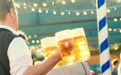 What NOT to do at Oktoberfest in Munich, Germany