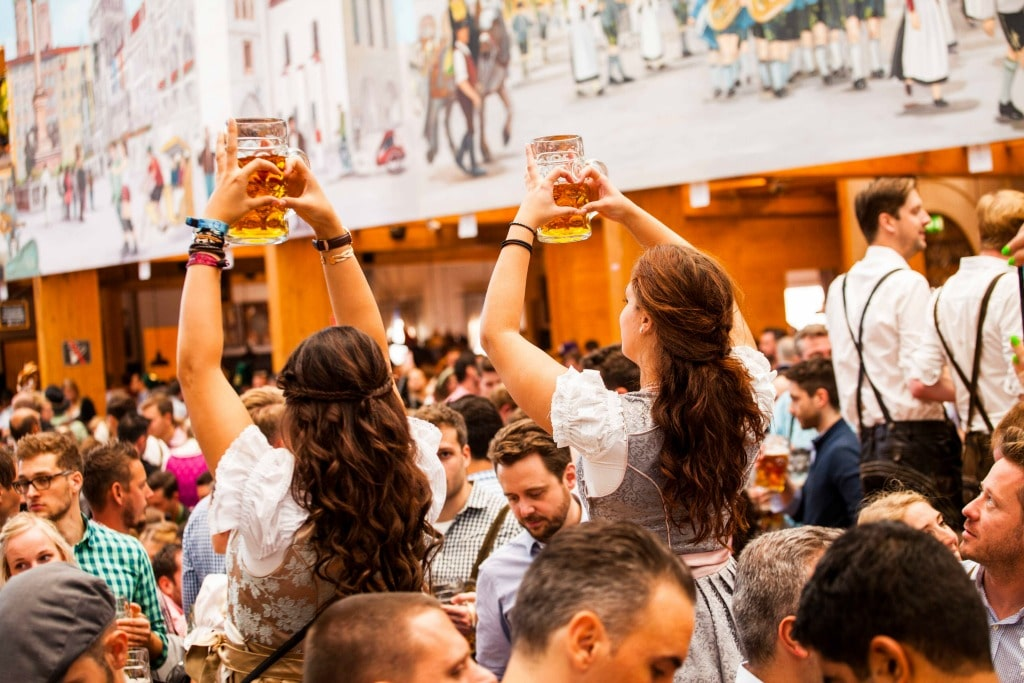 8 reasons to attend oktoberfest in Munich, Germany at least once in your life | Oktoberfest bucket list | #oktoberfest #beer #munich #germany